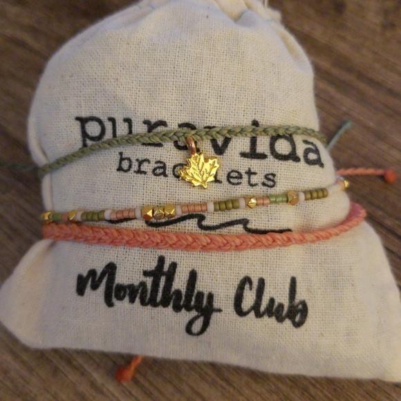 c46707c28b02d Puravida Monthly Bracelet Set. M 5b7c34187386bcbe82500c37